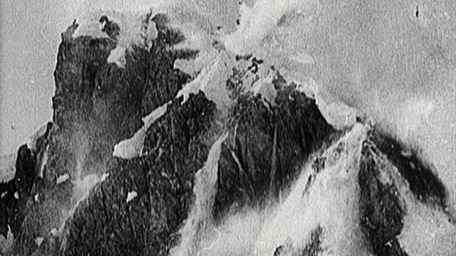 Avalanches as weapons