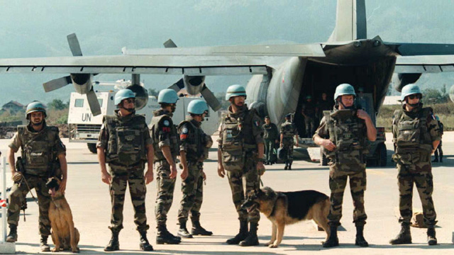 Sarajevo�s airlift bought desperately needed supplies into the city