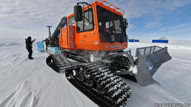 Sno-Cat vehicle