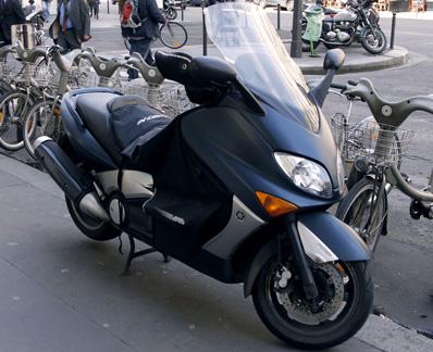 Yamaha T-MAX scooter