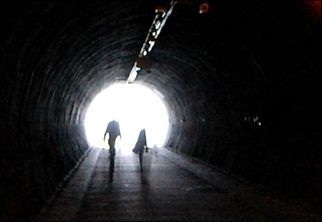 www.bbc.co.uk/birmingham/content/images/2007/06/29/tunnel_470_464x320.jpg