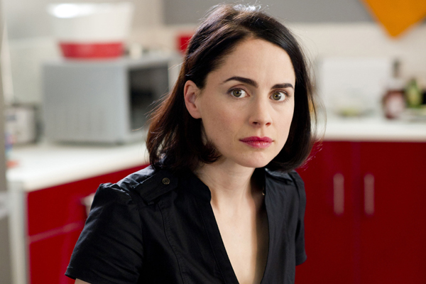 Cat (played by Laura Fraser)