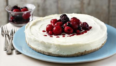 Unbaked lemon cheesecake
