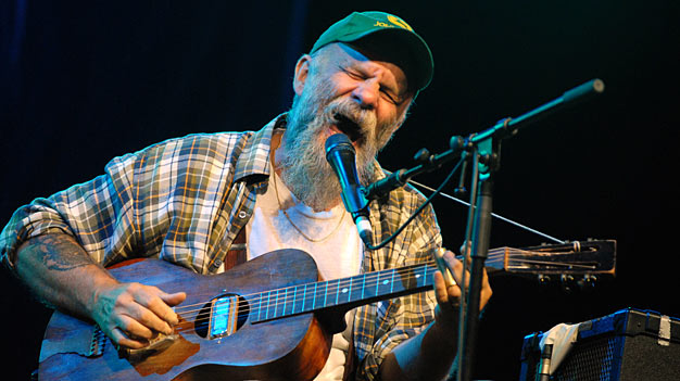 Seasick Steve Air Cleaner : Bbc now playing music digital digest seasick steve s