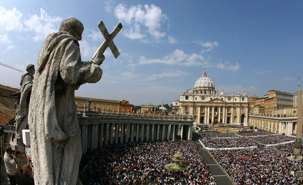 General view of Saint Peter's square at the Vatican as Pope Benedict XVI celebrates a mass on Easter Sunday.