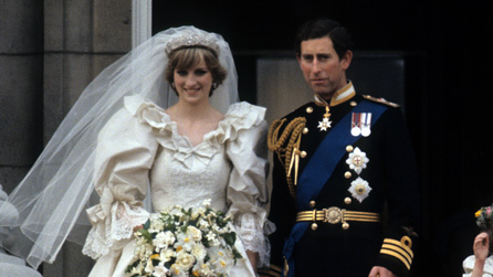 Prince Charles and Princess Diana, on the balcony of Buckingham Palace after their wedding ceremony on 29 July 1981.