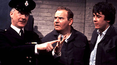 http://www.bbc.co.uk/comedy/content/images/2007/08/16/porridge_1_396x222.jpg