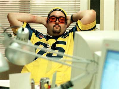 http://www.bbc.co.uk/comedy/theoffice/images/400/keith_alig.jpg