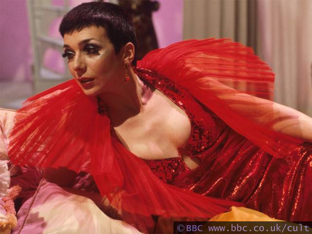 http://www.bbc.co.uk/cult/classic/blakes7/servalan/images/640/04redhot.jpg
