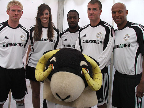 http://www.bbc.co.uk/derby/content/images/2008/06/30/rams_kit_2008_01_470x353.jpg