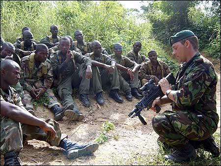 Armée Ghanéene/Ghana Armed Forces Cross_training450