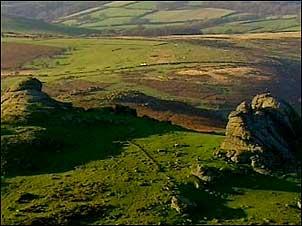 http://www.bbc.co.uk/england/sevenwonders/southwest/i/dartmoor_tors302.jpg