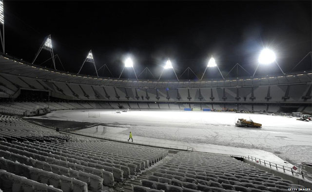 The floodlights at London's 2012 Olympic stadium