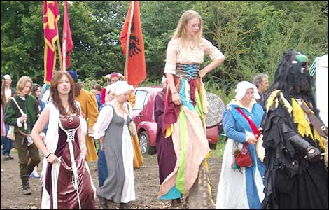 http://www.bbc.co.uk/gloucestershire/content/images/2008/07/14/medieval_fest_3_470x300.jpg