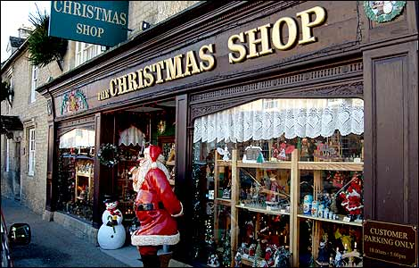The sights, sounds, and spirit of CHRISTmas completely surround you at this amazing store, which is the size of one and a half football fields. Bronner's is overflowing with 50, trims and gifts. Bronner's is located in Frankenmuth, Michigan's