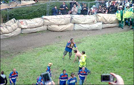 The famous Cooper's Hill Cheese Rolling in 2009