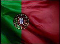 portuguese_flag_waves1_203x152.jpg