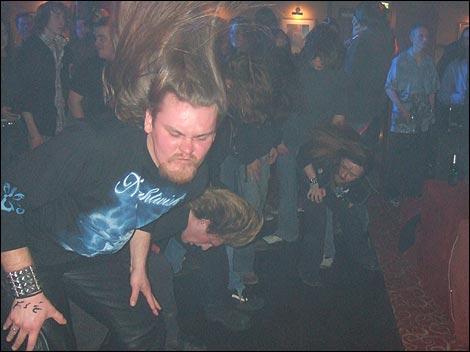Who likes Metal? - The Club House