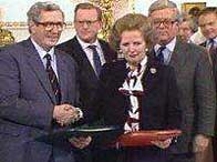 Taoiseach Garret FitzGerald and Prime Minister Margaret Thatcher after signing the Anglo-Irish Agreement