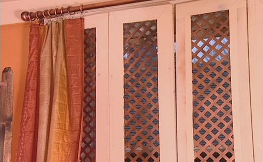 Bbc homes colonial style shutters for Pop up window design inspiration