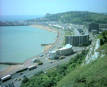view_from_dover_castle_370x300.jpg