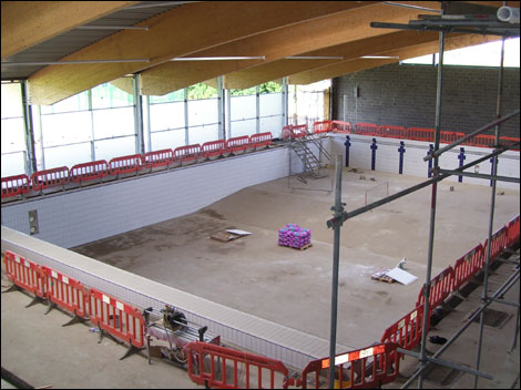 Bbc lincolnshire places louth 39 s new leisure centre - University of alberta swimming pool ...