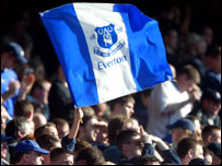 everton_fans_flag_waving_20_203x152.jpg