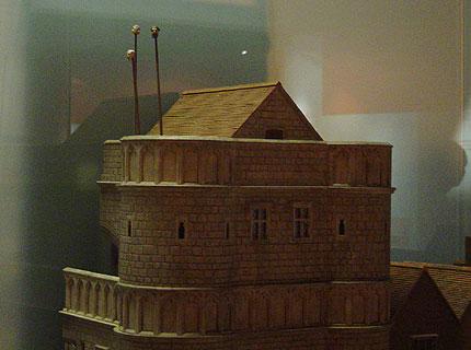Stone Gate House