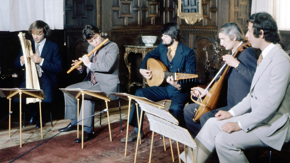 David Munrow (second left), playing with (left-right) Christopher Hogwood, James Tyler, Oliver Brookes and James Bowman