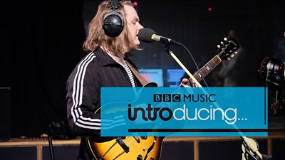 WATCH // Lewis Capaldi in session for BBC Music Introducing