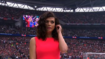 [WATCH] Singer Karen Harding misses cue to sing national anthem