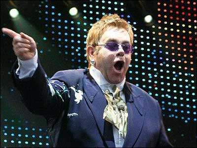 http://www.bbc.co.uk/norfolk/content/images/2005/05/31/elton_john_01_400x300.jpg