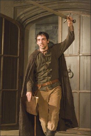 Ralf Little in Robin Hood