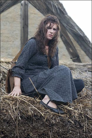 Lucy Griffiths / Lady Marian