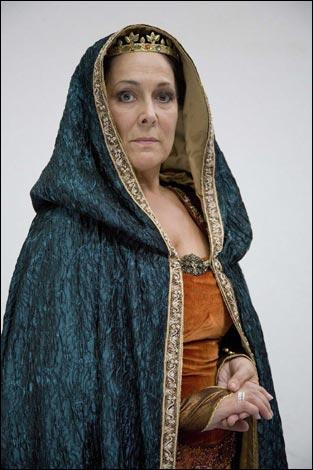 Lynda Bellingham as Queen Eleanor of Aquitaine