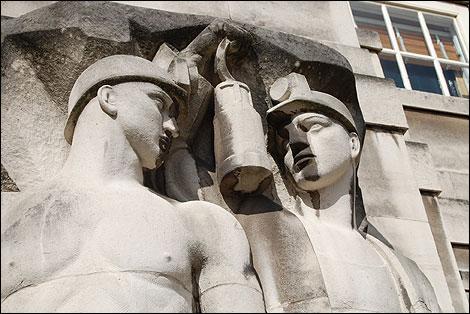 Bbc Nottingham History County Hall S Split Personality