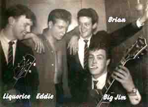 "This photo is believed to have been taken backstage at the Finsbury Park Astoria in London, in April 1960, in the last but one week of the tour. From left to right ""Liquorice"" Locking, Eddie Cochran, Brian Bennett, ""Big"" Jim Sullivan,"