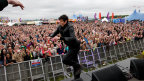 Vernon Kay does the running man on the Outdoor Stage