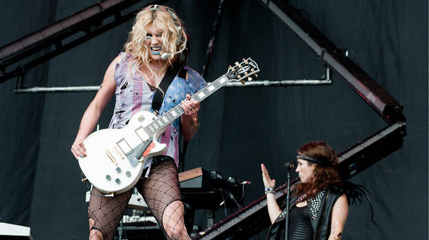 Kesha at T in the Park 2011