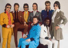 seventies pop group showaddywaddy