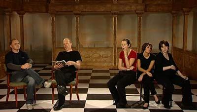 BBC - GCSE Bitesize: Different ways to use the stage - photo#49