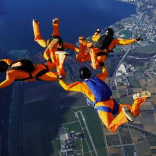 sky divers in freefall under gravity