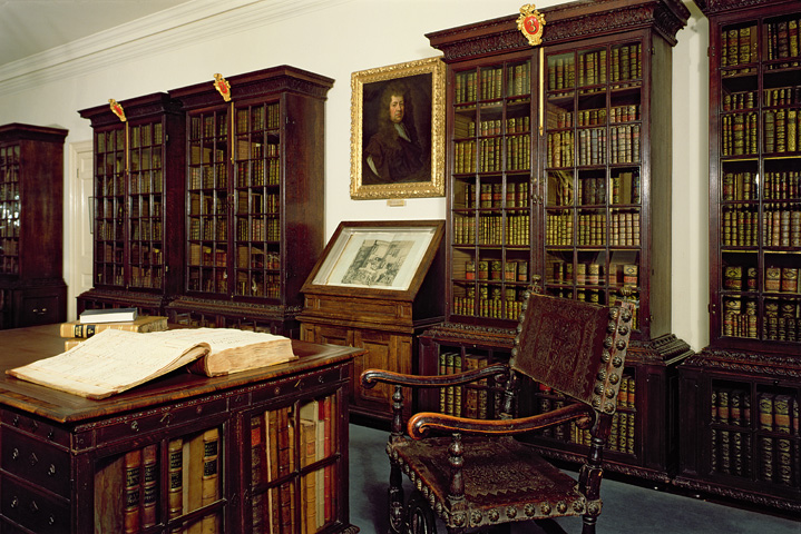 Book Library Room Brunel