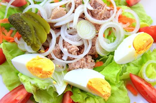 A salad nicoise
