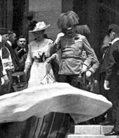 Archduke Franz Ferdinand in Sarajevo, image: bbc.co.uk