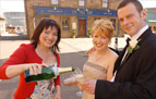 Shieldinch was buzzing when Lorraine Kelly dropped in as an extra special guest at Gina and Archie's wedding!