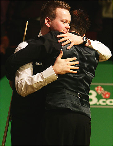 mark selby. Shaun Murphy hugs Mark Selby