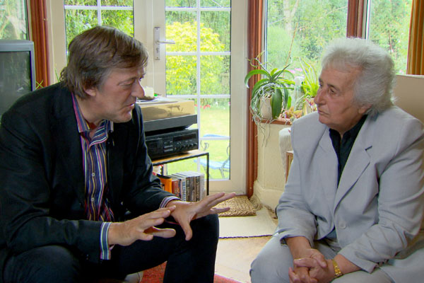 Stephen Fry with chellist and concentration camp survivor Anita Lasker-Wallfisch