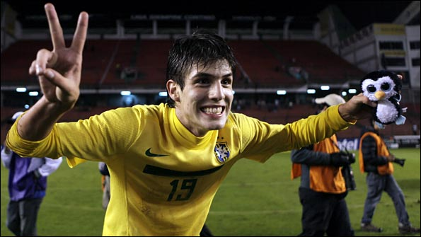 Piazon celebrates victory in the South American Under-17 Championship