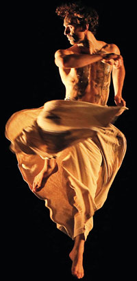 Josef Perou performing Black Milk by Ohad Naharin. Photo: Roy Campbell-Moore